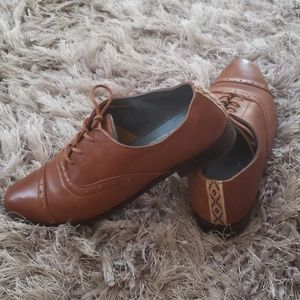Tom's Leather Oxfords